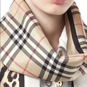 Burberry plaid cashmere scarf